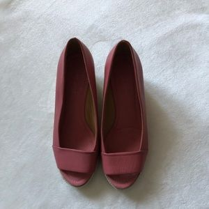 Nine West Leather Pink Robi Peep Toe Wedges